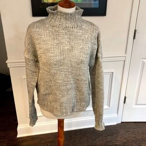 Kaisely Turtleneck Gray Fall Sweater Size Large